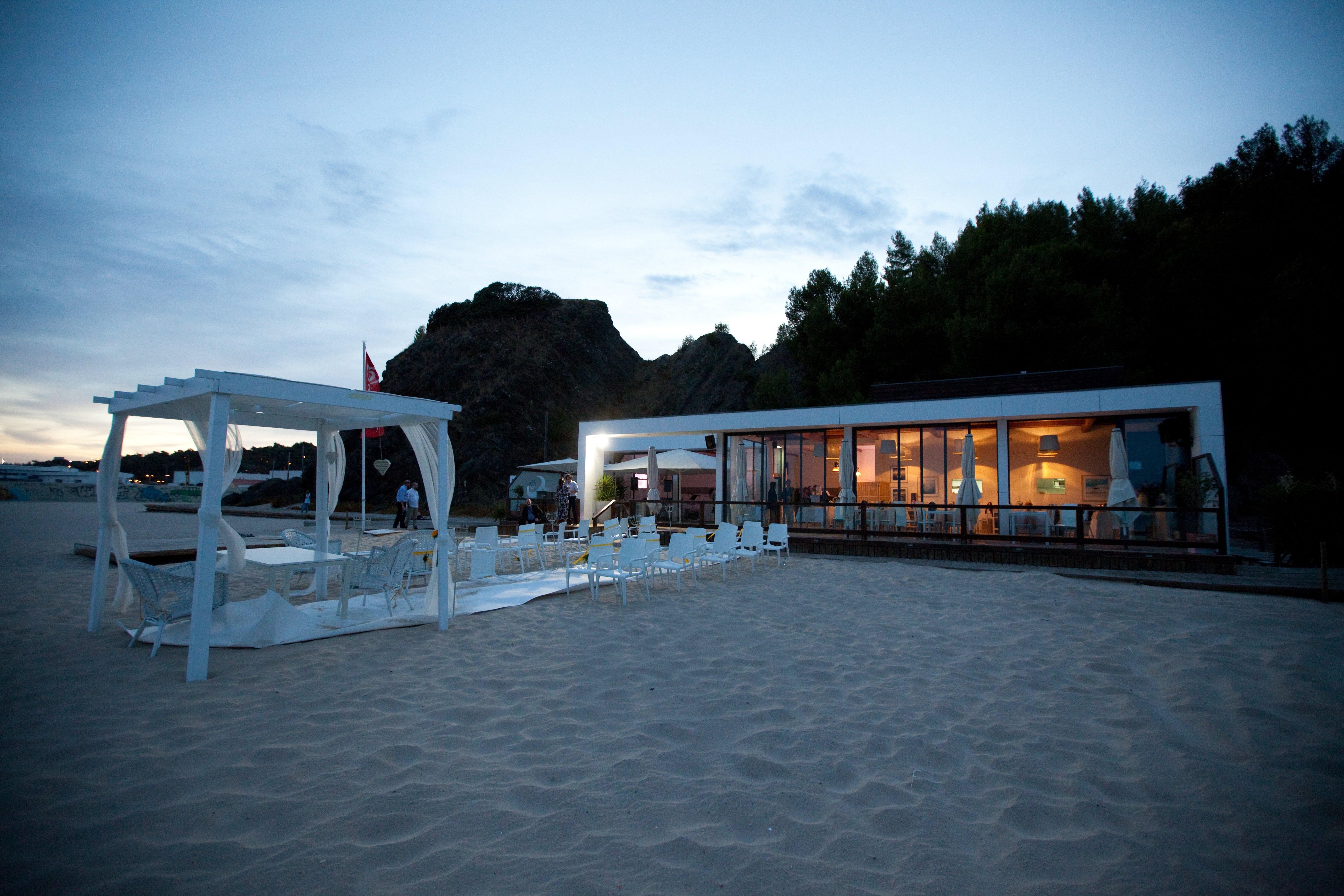 Matrimonio Spiaggia Inverno : Matrimonio in spiaggia in portogallo wedding events blog